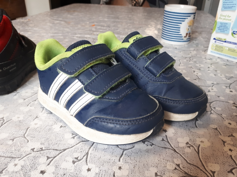 Chaussures taille 2324 : baskets adidas et bottines